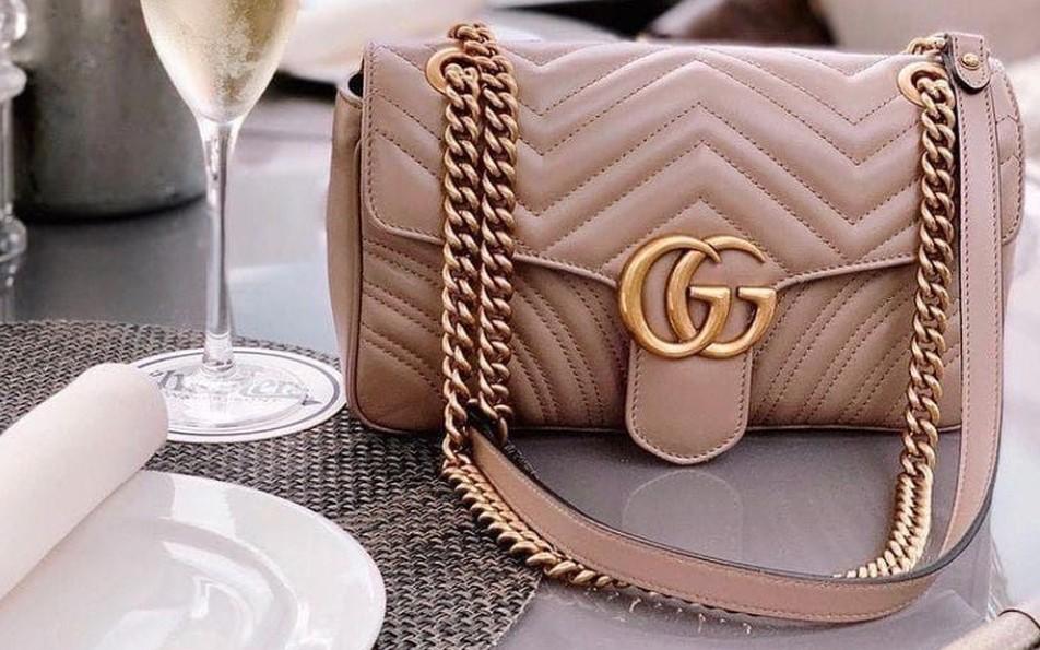 Túi xách Gucci đang giảm giá rất tốt tại Mỹ