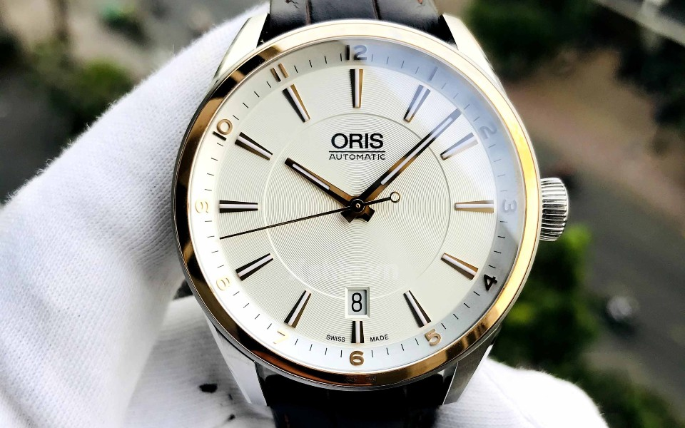 Đồng hồ nam Oris máy cơ khí đang có sẵn tại Xship.vn