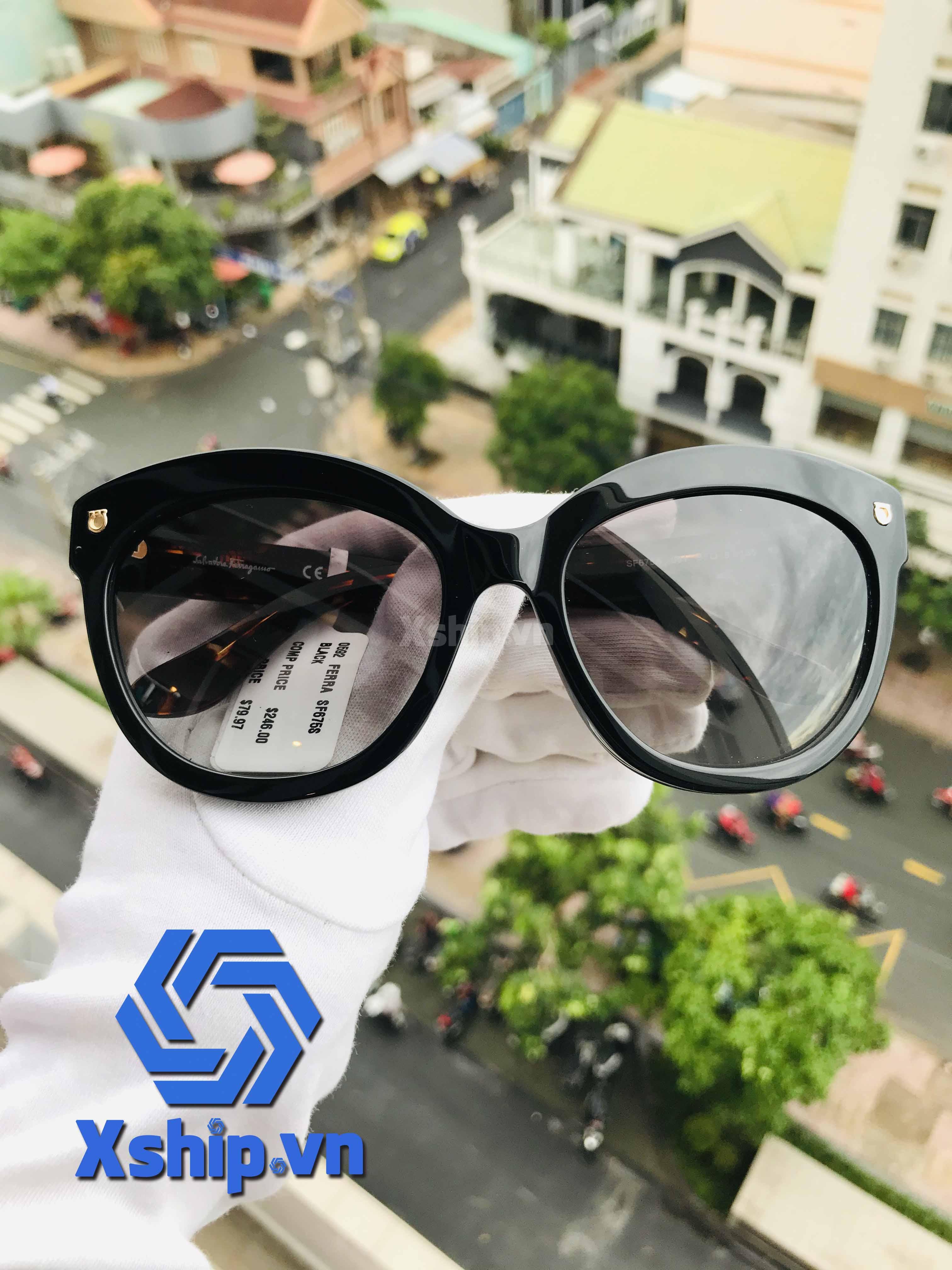Salvatore Ferragamo Sunglasses Black SF675S 001 55