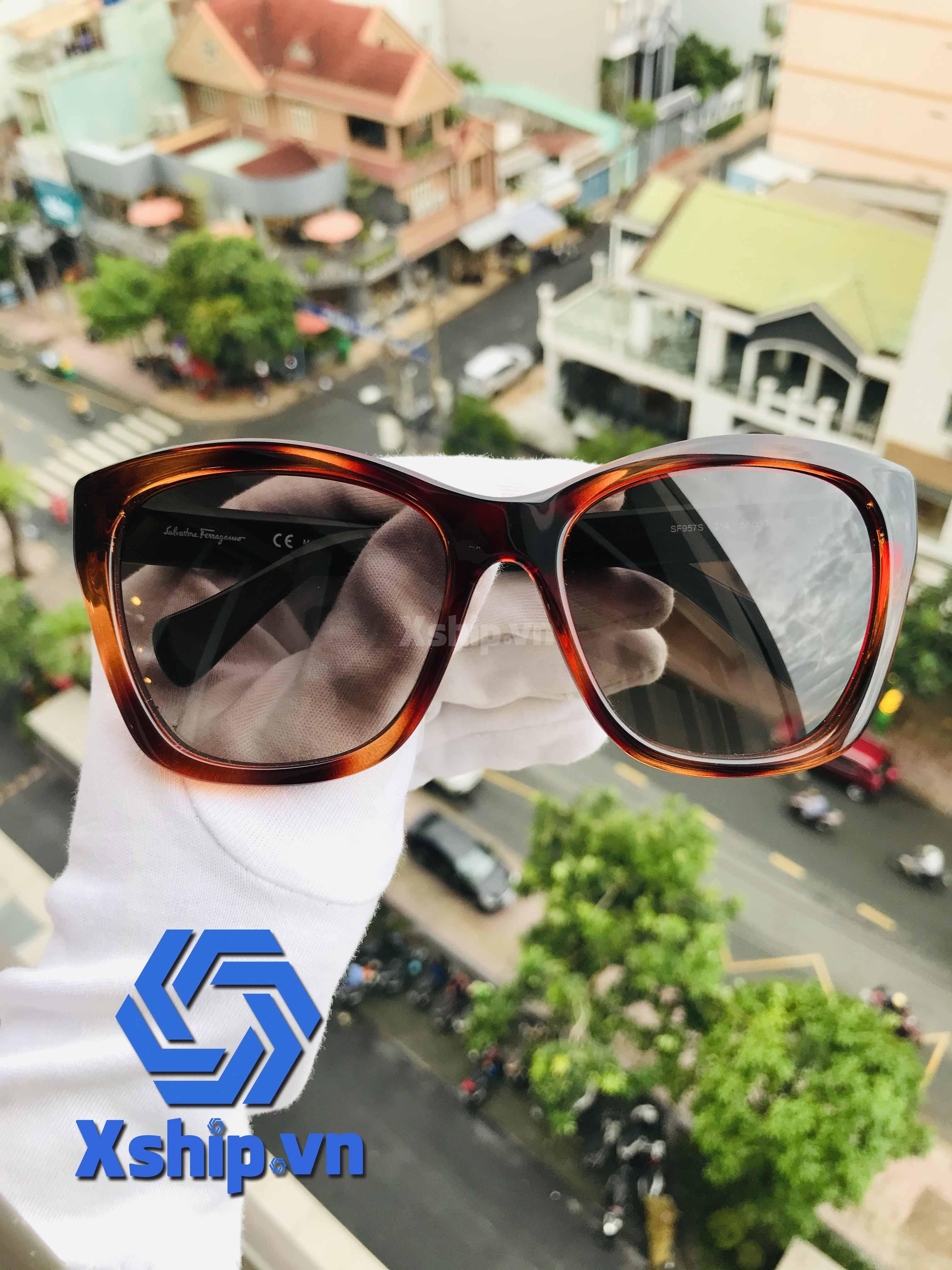 Salvatore Ferragamo Sunglasses SF957S Tortoise
